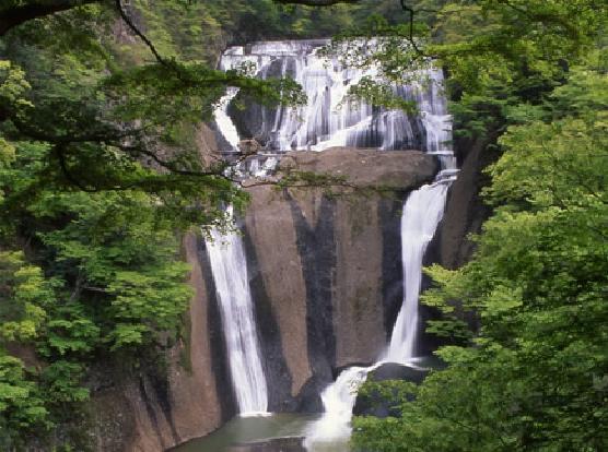 袋田の自然たっぷり満喫バスツアー